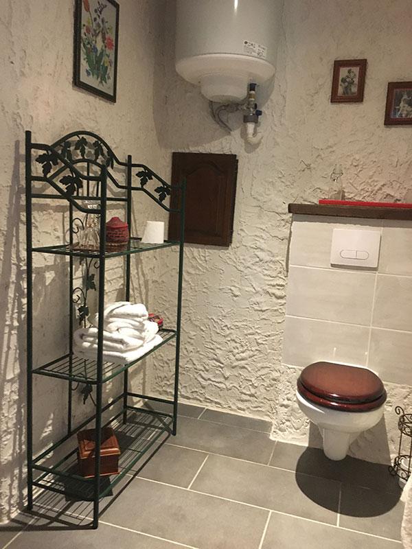 gîte, salle de douche